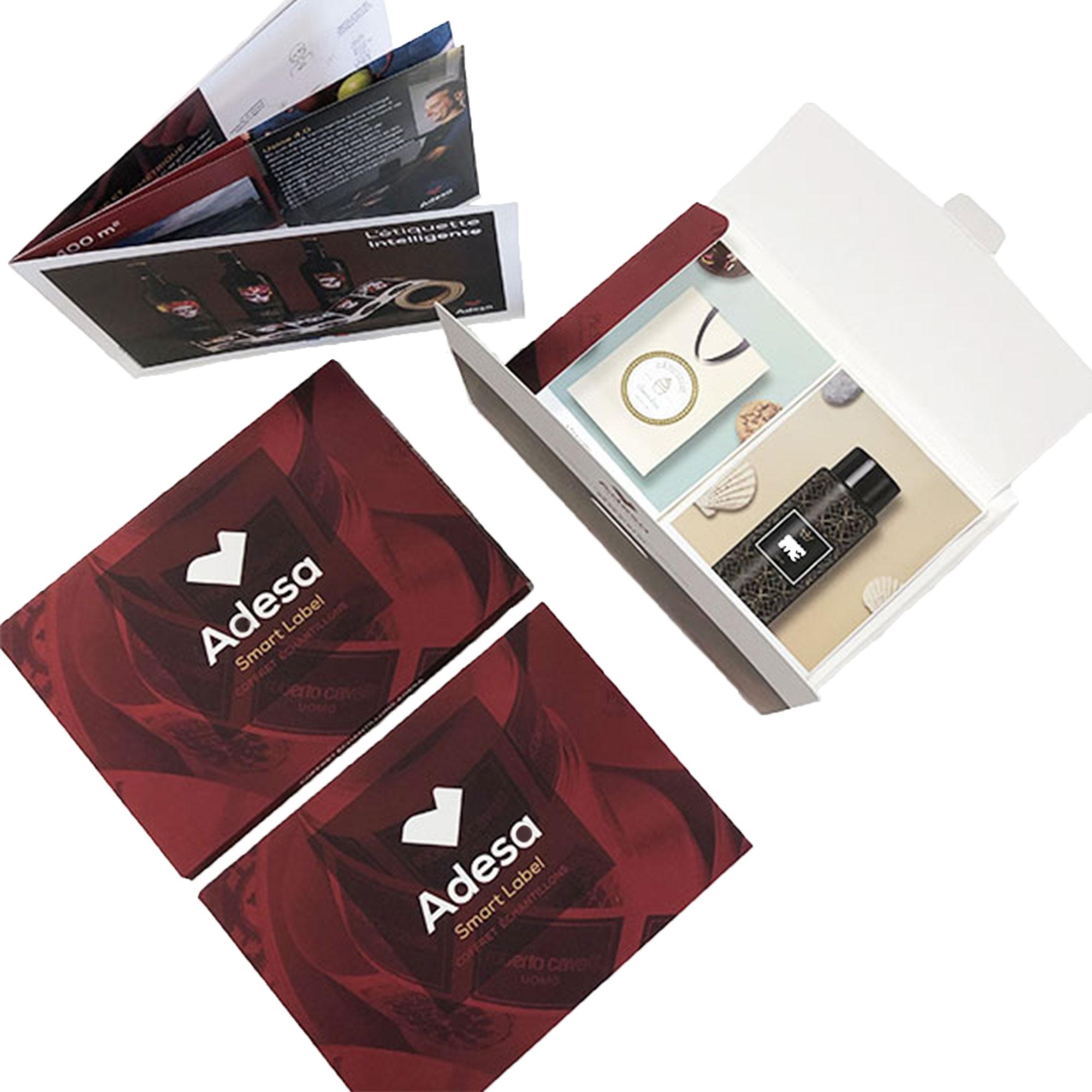 Echantillons d'étiquettes adhésives Adesa